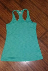 EUC kirkland workout tank